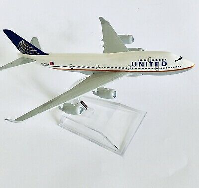 UNITED AIRLINES  DIECAST  METAL PLANE AIRCRAFT MODELS ON STAND 14cm