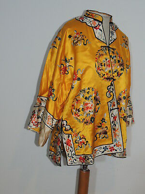 Vintage ca 1950's Yellow Silk Hand Embroidered Chinese Jacket MED