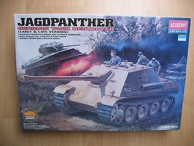 ACADEMY 1/25 Jagdpanther Early & Late Version # 13019