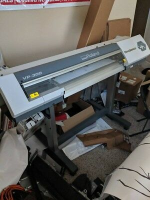 Eco Solvant Roland VP-300 Printer with Laptop running VersaWorks