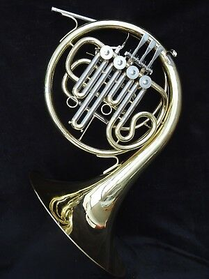 VERY LIGHT YAMAHA FRENCH HORN 321 MODEL IN Bb + A STOPPED VALVES