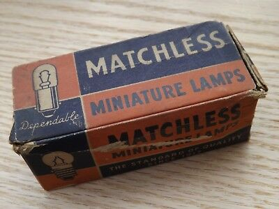 Box of 8 Old Vtg. Antique MATCHLESS Brand 'Special' 27 Volt Miniature Lamps NOS