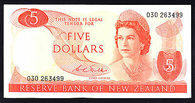 New Zealand $5 Note ND 1968-75 Wilks Note QEII Crisp aEF P. 165b Prefix 030 RARE