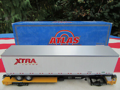 Atlas Spur 0  Front Runner & 45 Ft Trailer  Xtra Lease   O-Scale Eisenbahnen