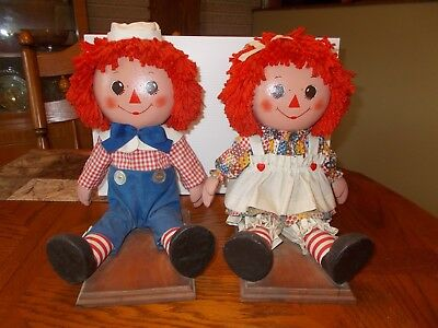 Raggedy Ann & Andy Bookends. All except hair, treated w/stiffening agent. Unique