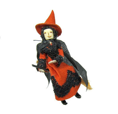 Quarter Scale (1:48) Halloween Witch by Sally Manwell