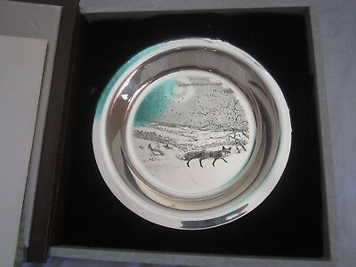 Solid Sliver plate Winter Fox by James Wyeth. 1975 C)A (CH)