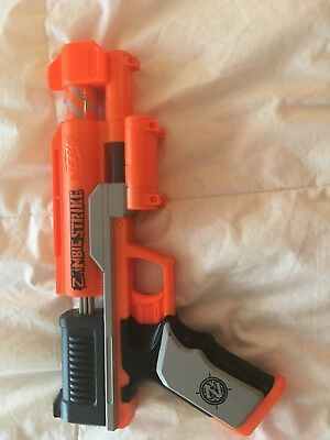 Nerf Zombie Strike Clearshot Blaster Comes with 4 Nerf Darts, No Scope)