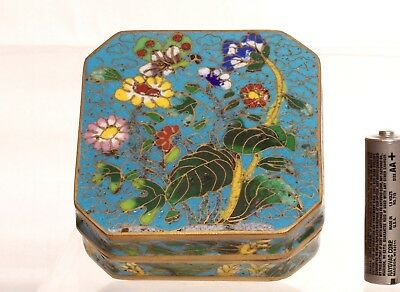 Rare 18th-19th Century Chinese Qing Dynasty Cloisonne on Bronze Box with Cover