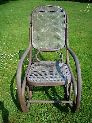 Rocking Chair Style Thonet En Rotin, Schommelstoel Rotan, Rocking Chair Rattan