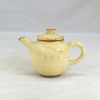 E032: Japanese old pottery teapot for green tea SENCHA with good atmosphere