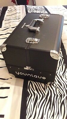 großer younique trunk selten