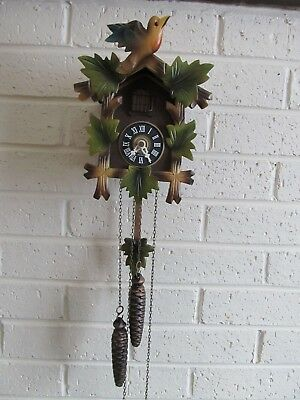 Vintage E. Schmeckenbecher Germany Cuckoo Clock 5 Leaf Working