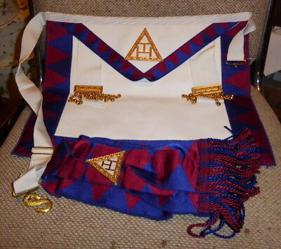 Royal Arch apron and sash used TKS in good order