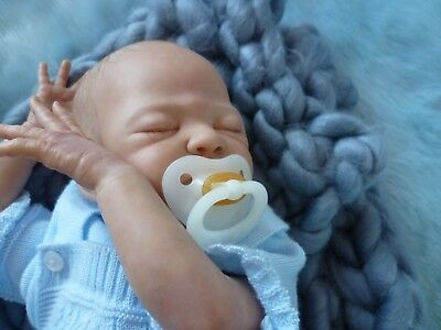 "Reborn Baby ""Lincoln"" Laura - Lee Eagles Limited Edition of 800 Worldwide"