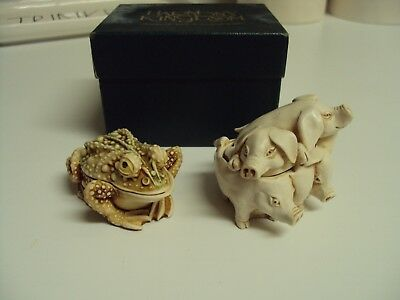 2 VINTAGE 1991/ 1993 Harmony Kingdom Hammin' It Up PIGS Awaiting a Kiss FROG