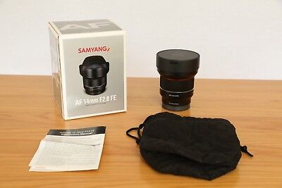 Samyang AF 14mm F2.8 FE wide angle lens for Sony E Mount - mint condition, boxed