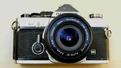 Olympus OM-2 Chrome massive bundle 3 lenses, winder, finder, flash