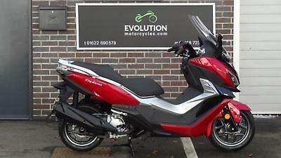 Sym CRUISYM 300 LARGER CAPACITY SCOOTER 18 REG JUST 600 MILES LATEST  FROM SYM