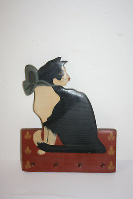 """Painted Wood Cat Wall Plaque with Hooks 8.5"""" x 10"""""""