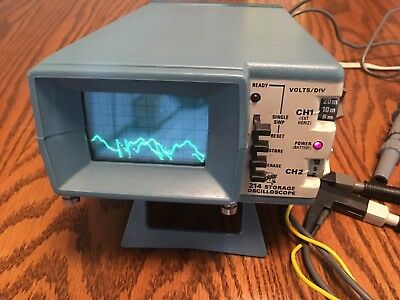 Tektronix 214 Portable Dual Trace Storage Oscilloscope With Case & Manual, leads