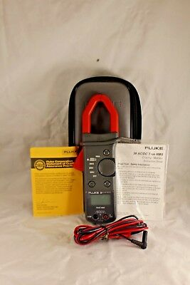 FLUKE 36 CLAMP METER, CATIII, AC/DC True RMS Clamp Meter - Amps, Volts, Ohms