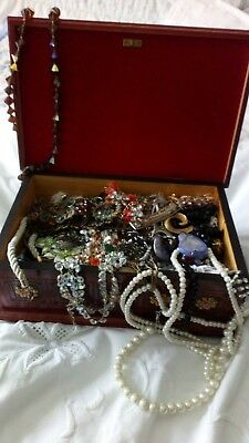 Job Lot Of Vintage Jewellery For Spares Or Repair