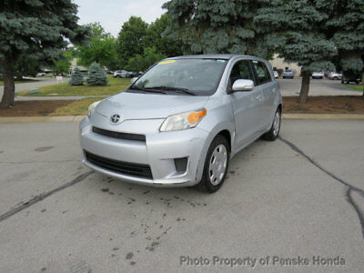 Scion xD 5dr Hatchback Automatic 5dr Hatchback Automatic 4 dr Manual Gasoline 1.8L 4 Cyl GRAY