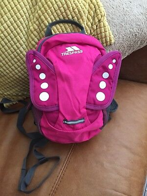 Trespass Fairy Toddler Kids Safety Backpack Rucksack with Detatchable Reins