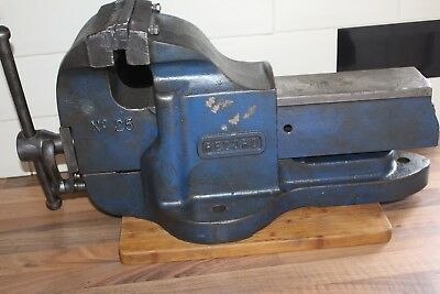 VINTAGE RECORD No 25 QUICK RELEASE VERY LARGE,HEAVY DUTY ENGINEERING VICE