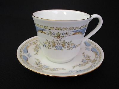 Royal Vale Blue and Cream Floral Tea Cup and Saucer (u)