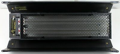 Kino Flo DIVA LITE DIV-201-120 Dual Lamp Lighting Unit With Honeycomb Screen