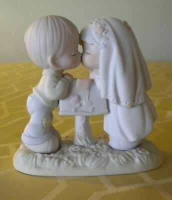 Precious Moments SEALED WITH A KISS Engagement/ Marriage/ Wedding Enesco No Box