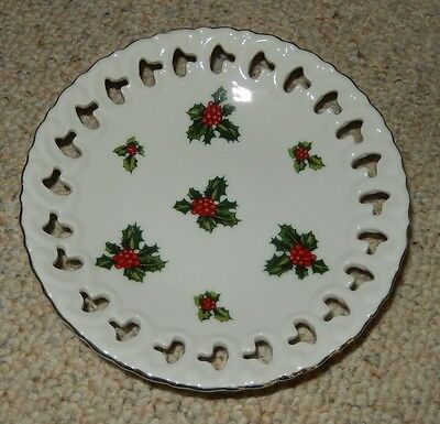 Lefton Exclusives Japan Round White Holly Christmas Plate Wall Decoration # 7956
