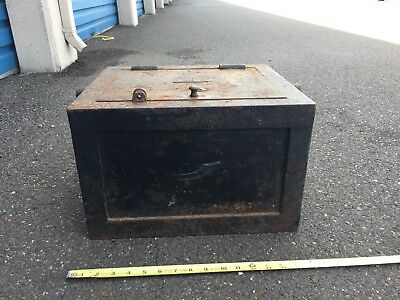 Antique 1800's Railroad Stage Coach Gold Mine cast iron Strong Box LARGE NR
