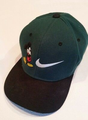 VINTAGE MICKEY MOUSE X Nike Snapback Hat Green Exel -  20.00  d4034de2c41