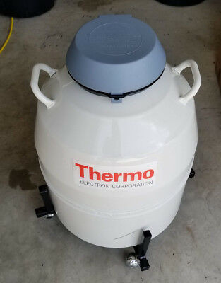 Thermo Forma CMC 8038 Liquid Nitrogen LN2 Cryo Storage Tank 47.4L with Canisters