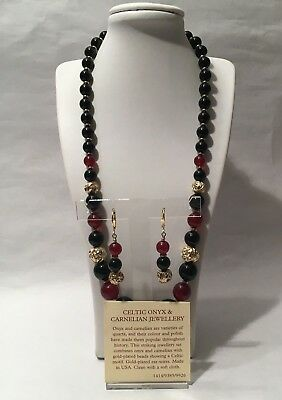 Stunning Onyx & Carnelian Necklace & Earrings Gold Plated Set from Past Times