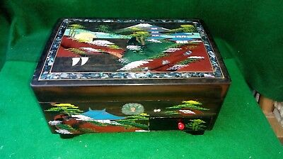 Vintage Japanese hand painted lacquer ware laquerware musical jewellery box