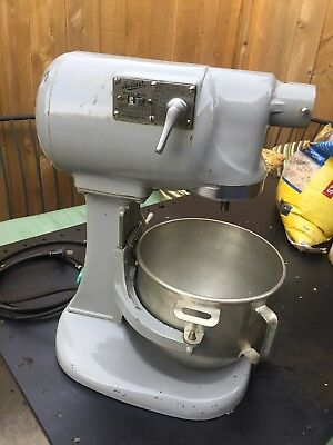 VINTAGE Hobart N50 5 qt quart Commercial Mixer with Bowl in working Order