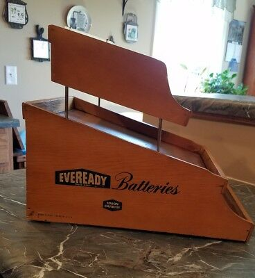 Vintage EVEREADY Batteries Union Carbide Form F-4000 Wood Display Made in USA