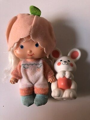 Strawberry Shortcake Apricot Doll With Hopsalot