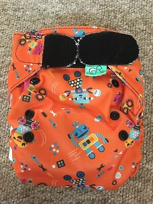 Pre-loved Totsbots Bamboo Cloth Nappy very good condition robots easyfit