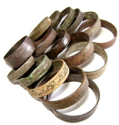 Ancient medieval lot of 16 bronze ornamented Rings