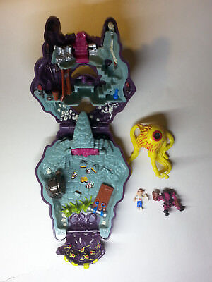 Mighty Max    Outwits Cyclops   Doom Zones   1993 Bluebird Toys