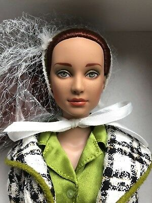"""Tonner 16"""" dressed doll: CHECKMATE KIT (LE 300) body switched to BW ~ EUC"""