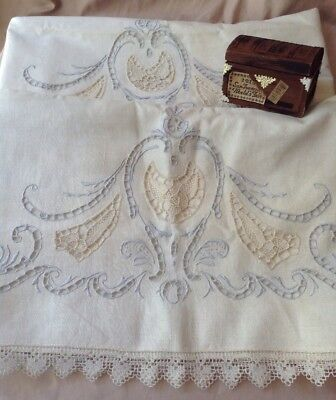 A Pair Of Vintage MADEIRA Hand Embroidered Pillowcases Whitework Lace Unused