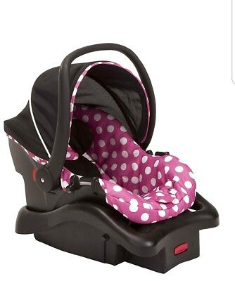 light n comfy luxe infant car seat, minnie dot