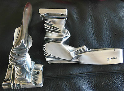 pair of door handle,SCULPTURE,bronze silver,signed maybe GIO PONTI ?