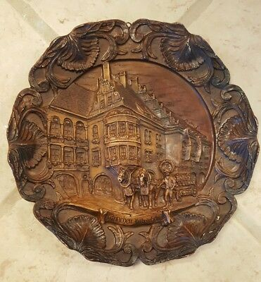 Vintage German Carved Resin/Wood Plaque Munich Travel Munchen Hofbrauhous